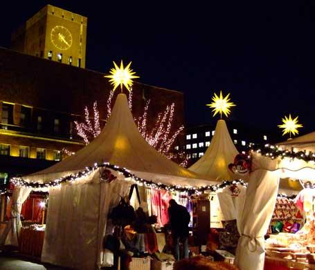 oslo-radhus-julemarked.jpg