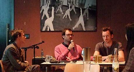 Simen Hagerup (no.), Eric Engelbracht (ty.) og Kris Genijn (hol.) presenterer animerte kortfilmer fra årets poesifilmfestival i Berlin.