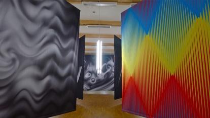 Utsnitt av Are Mokkelbosts installasjon på Henie Onstad. Foto: Oda Bhar