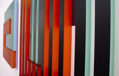Tro det eller ei: Sett fra motsatt side er dette bildet gult og oransje. Edith Lundebrekke: «Multi Meander» I og IV (2013). Foto: Oda Bhar.
