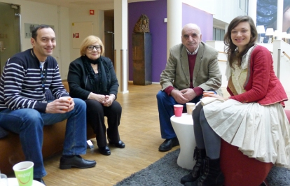 Artavazd Pelesjan flankert av sin kone Aida Galstyan og tolken Julia Zazhigiova. Til venstre regissørens landsmann Artsvi Bakhchinyan, som satt i festivalens nordiske jury sammen med meg. Foto: Oda Bhar.