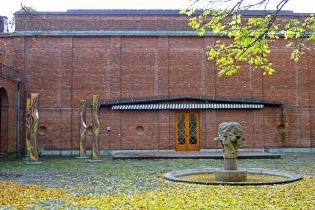 Borggården-Vigeland-med-Breivik